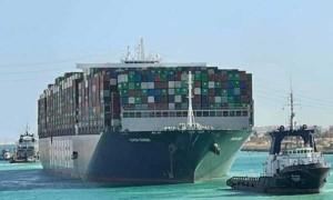 Evergreen tìm cách dỡ hàng hóa xuống sau khi SCA bắt giữ tàu Ever Given
